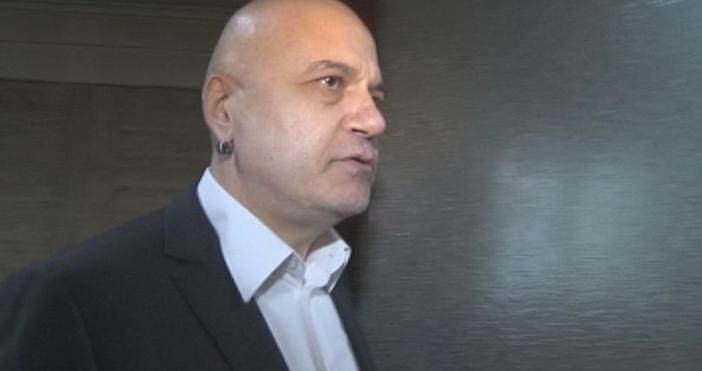 МарицаСлави Трифонов коментира в своя Facebook профил последните изказвания на