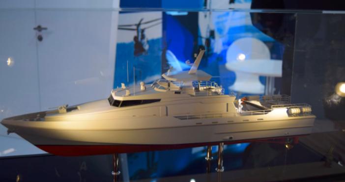 Два български военни кораба привлякоха вниманието на експертите по време