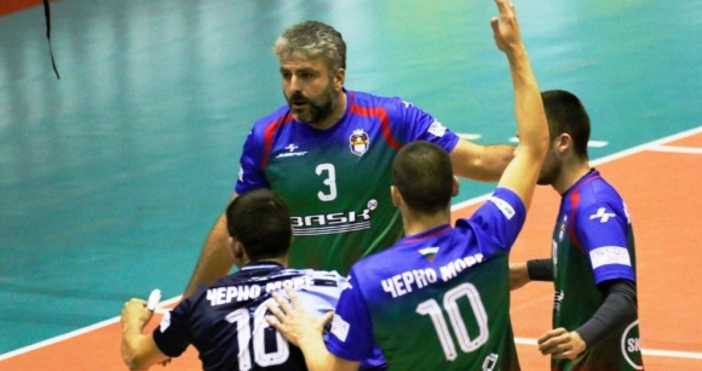 Волейболистите на Черно море (Варна) постигнаха първата си победа за