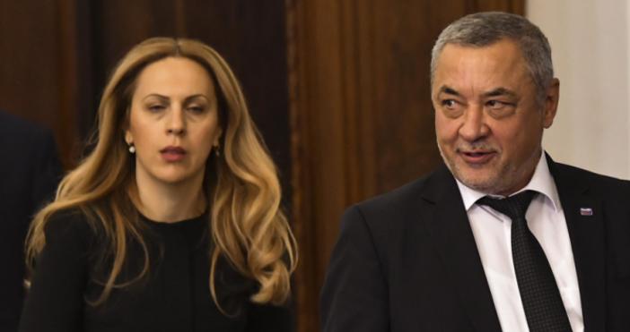 Снимка БулфотоОчаква се утре парламентът да обсъди проектна решение за