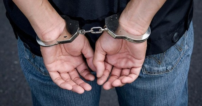 25-годишна глухоняма бургазлийка бе измамена жестоко от 30-годишен мъж от
