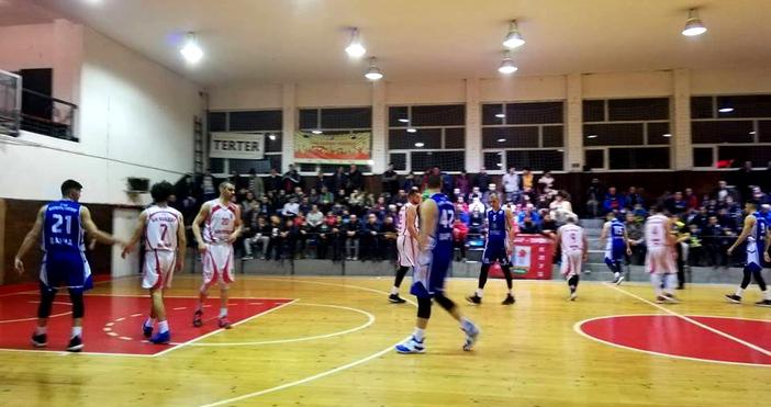 Отборът на Икономически университет-Варна победи с 86:74 (26:19, 18:22, 21:19,