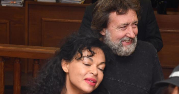 Бившият лидер на ДСБ Радан Кънев е адвокат на сина