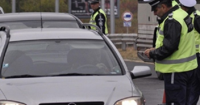 В ход е специализирана полицейска операция за контрол на водачите