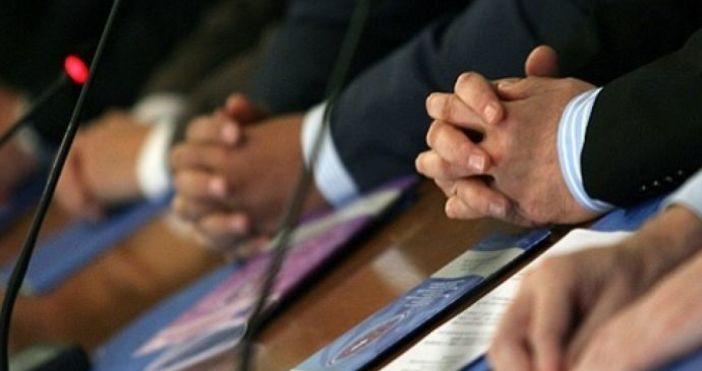 На заседание на Националния съвет за тристранно сътрудничество правителството, работодателите