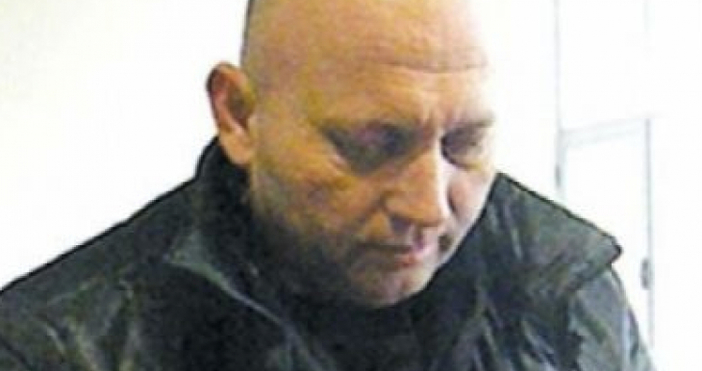 Полиция и жандармерия нахлуха в къщата на арестувания наркотрафикант Огнян