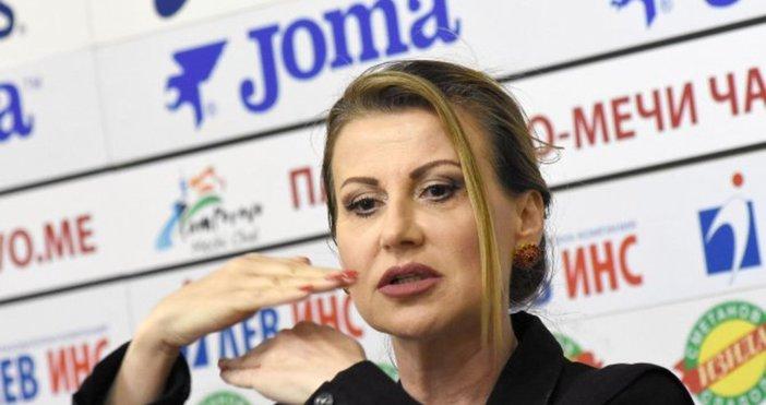 Шефката на Федерацията по гимнастика с мощна подкрепа за треньорката.Председателят