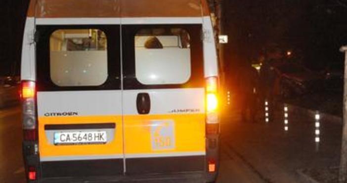 Пешеходец е загинал, след като е бил блъснат от лек