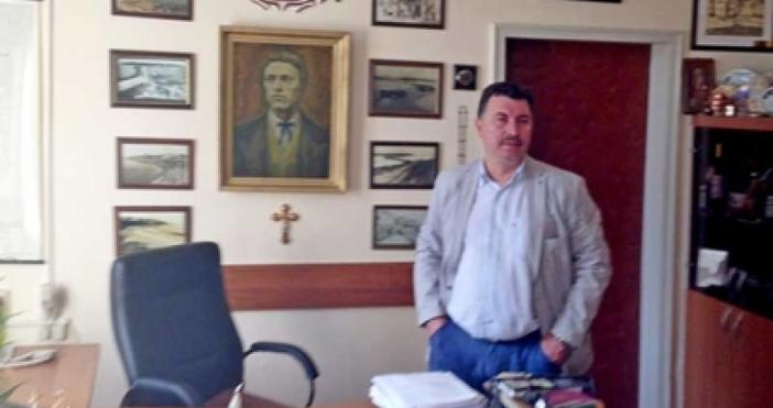На 55-годишна възраст почина легендарният бургаски полицай Стайко Манев. Той