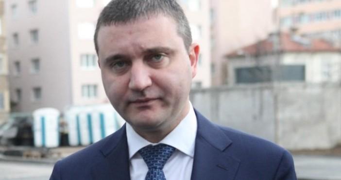 Снимка: Горанов: Срокът за смяна на касовите апарати и софтуера може да бъде удължен