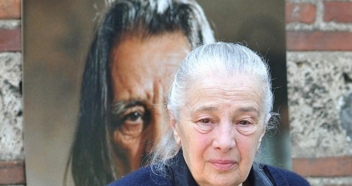 Снимка: Прощаваме се с първата телевизионна говорителка Цветана Гълъбова