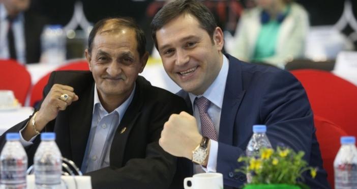 Министърът на спорта Красен Кралев и шефът на боксовата федерация