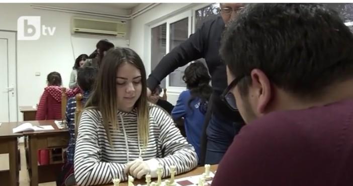 16-годишна шахматистка от бургаската школа е на път да стане