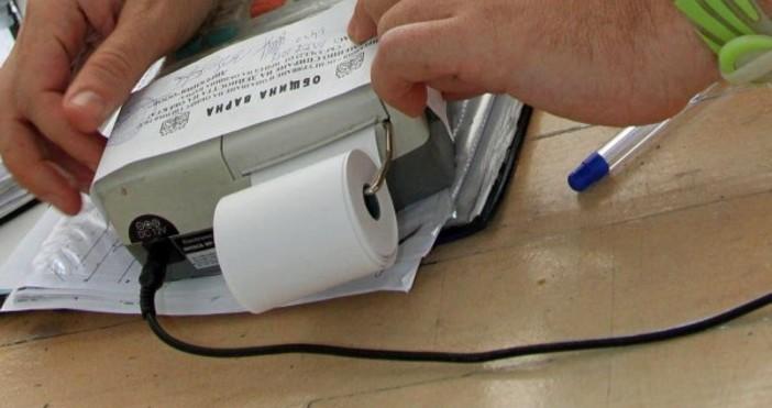 Снимка: За регистрираните по ДДС фирми срокът за свързване на касовите апарати към НАП е 30 септември, за тези които не са - 30 юни