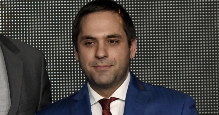 Снимка БулфотоОчаква се днес министърът на икономикатаЕмил Караниколовда свика Консултативния