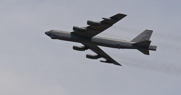 Фото: Flickr/Reuben YauПрехвърлянето на шест стратегически бомбардировачи B-52 в Европа