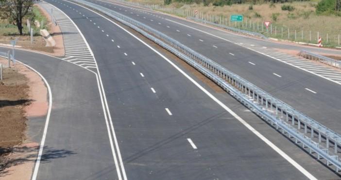 """Ограничението на скоростта на движение по магистрала """"Тракия"""" в участъка"""