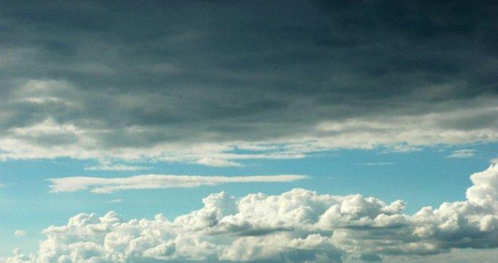 Над Черноморието ще има по-значителни, временни увеличения на облачността, но