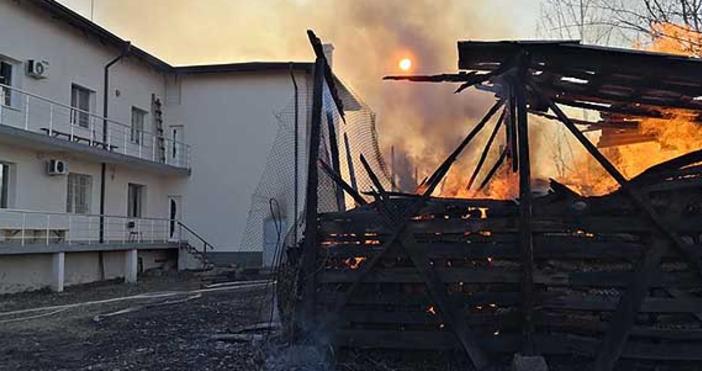 Снимка: Вяра НюзГолям пожар беше на път да изпепели новоремонтираната