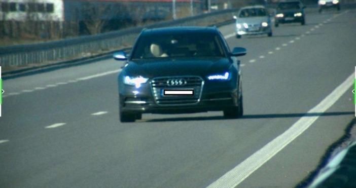 Снимка: Обявиха глобата на шофьора, карал с 277 км/ч по АМ Струма. МВР пусна снимка на джигита
