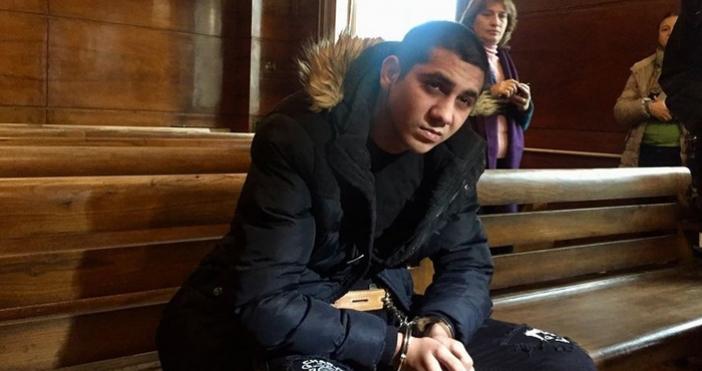 Снимка: Срамота! Свирепият убиец Северин е на път да избегне доживотен затвор. Адвокатите му