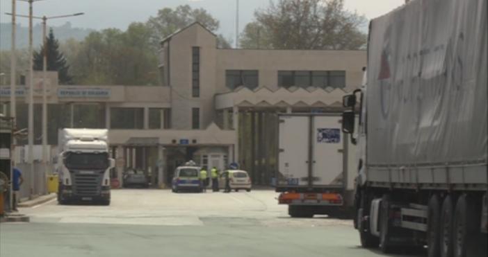 БНТкадър: БНТЗасилено ще остане присъствието на полиция и жандармерия по