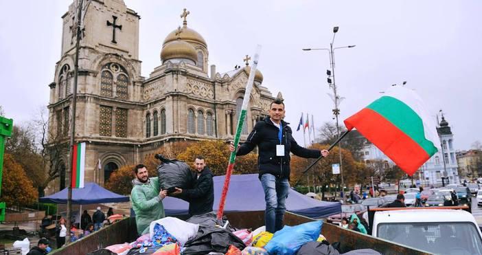 В събота на площада пред Катедрален храм