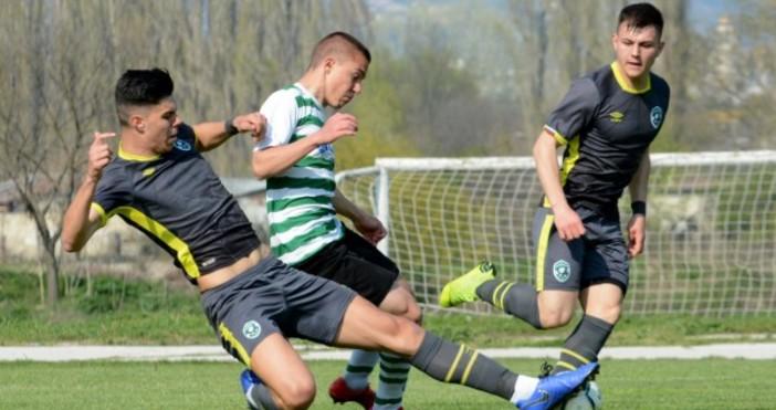 Снимка: Черно море загуби от Лудогорец в дербито на U19, но остава лидер