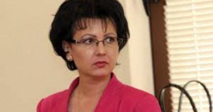 Снимка: Румяна Арнаудова: Трейс фалшифицирала документи за ремонта на пътя убиец край Своге! Има обвинени са и представители на фирмата
