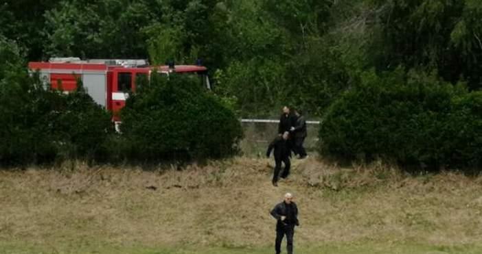Снимка: Очевидец на самолетната катастрофа: Първо се скъса крилото