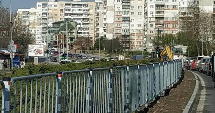 снимка: Емил БогдановБурно възмущение от поредните затворени пътни участъци във