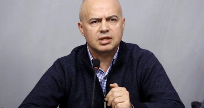 Снимка: Шефът на щаба на БСП: Борисов почна с копките, безизходицата в ГЕРБ е пълна