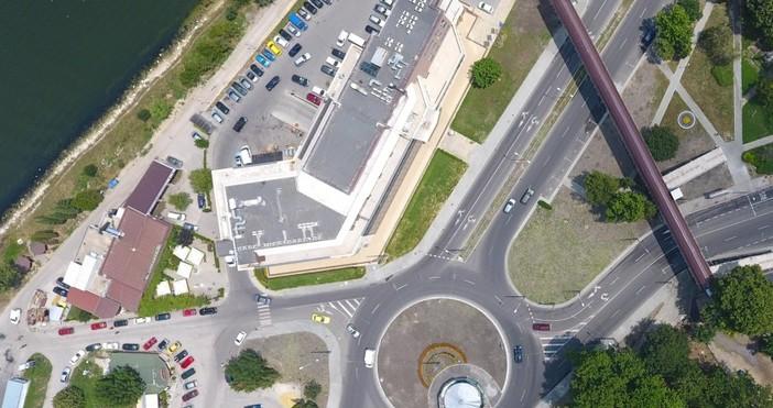 снимка: Live.Varna.bgВъведена е временна организация на движение и превозните средства