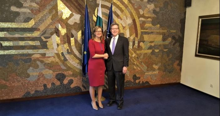 Снимка МВнРЧрез помощите си за развитие България и САЩ могат