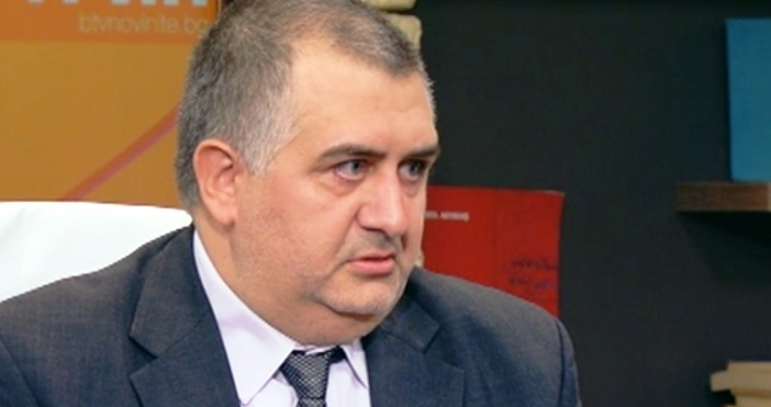 кадър bTVБългаринът и баща Чавдар Георгиев спечели на първа инстанция