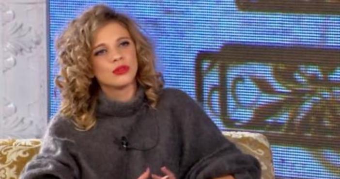 Позабравената певица Лилана, чието име е Лиляна Деянова ще прибира