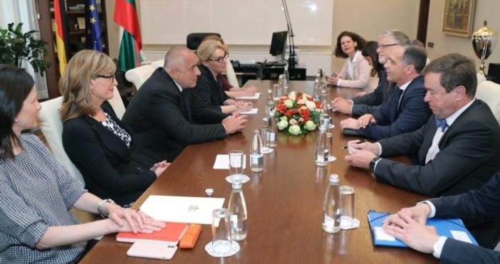 Снимка Министерски съветМинистър-председателятБойко Борисовсе срещна с министъра на външните работи