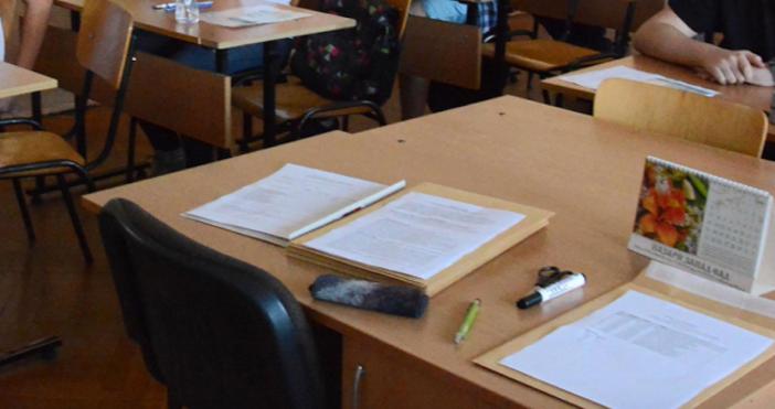 Снимка: БулфотоНа днешния държавен зрелостен изпит по български език и