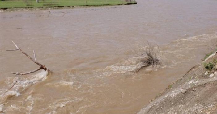 56-годишен мъж е спасил седемгодишно момче от удавяне врека Дунав,