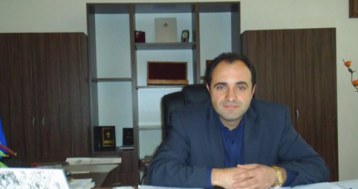 Показният арест на на кмета на Костенец Радостин Радев не
