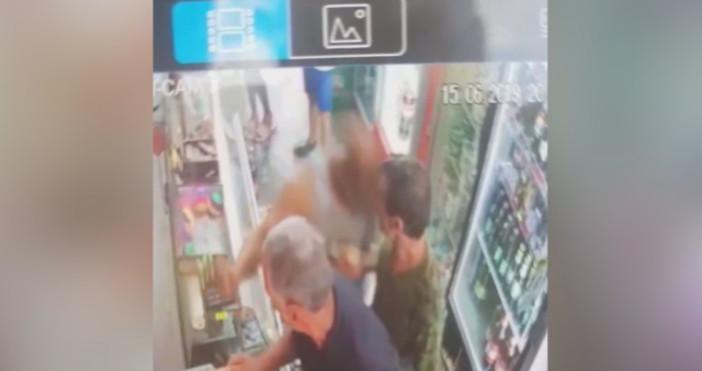 bTVМъж, опитал да защити продавачка, е пребит от двама братяЗаради