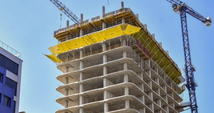 Снимка БулфотоВърховният административен съд отмени спирането на небостъргача