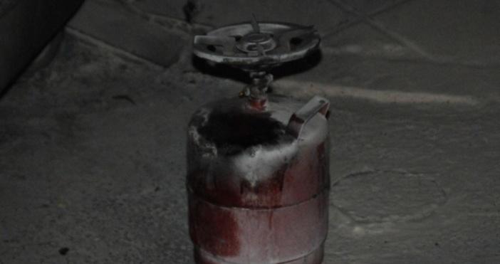 Снимка: Неправилна употреба вероятно е причината за взрива на газова бутилка в Габровско