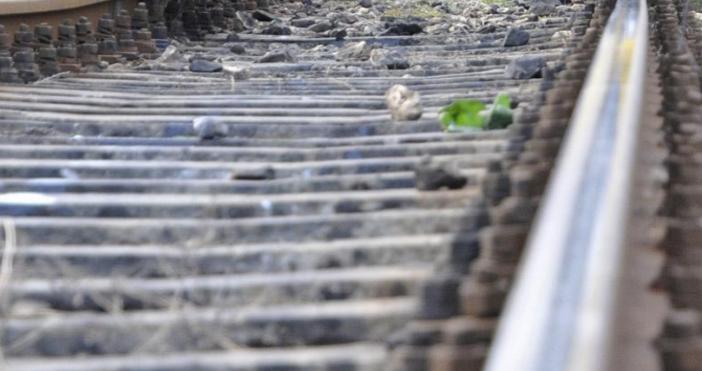 Снимка: Влак блъсна 38-годишен мъж край Карнобат, загинал е на място