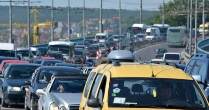 Снимка: БулфотоВодачите в България не спазват ограниченията за скоростта по