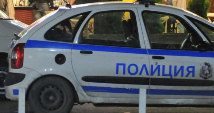 Снимка: Радомирец се закани на полицаи, проверяващи го за силна музика