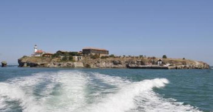 Пристанищната инфраструктура на остров Света Анастасия ще бъде разширена. Това