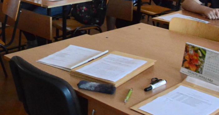 Снимка БулфотоС 500 лева ще бъде увеличена заплатата на учителите,