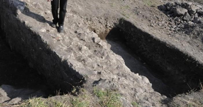 Снимка Булфото, архивПоследното откритие на бургаските археолози, проучващи замъка на