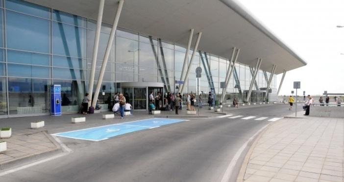 Властите на Летище София са в готовност за аварийно кацане